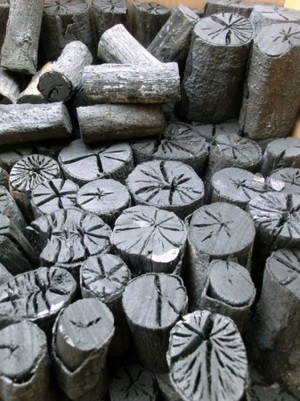 木炭 炭 お茶炭 大分の樫炭(かし炭)丸切炭7.5cm5kg お稽古用
