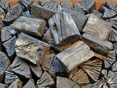 木炭 国産 大分樫炭(かし炭) 切炭7.5cm10kg 七輪の炭火焼きにお薦め