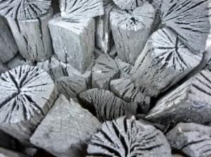 木炭 炭 大分の椚炭(くぬぎ炭)切炭6-7.5cm5kg 大分県産