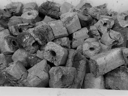 富士炭化工業 国産 オガ備長炭 焼物専用伊予オガ炭(3-5cm)10kg 愛媛県産 国産品最高峰