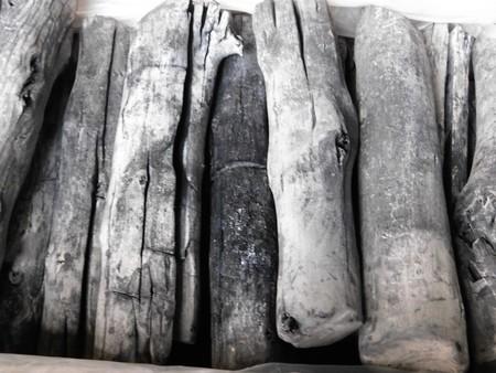 備長炭 ラオス備長炭丸L5(太丸)15kg 高品質なマイチュー炭