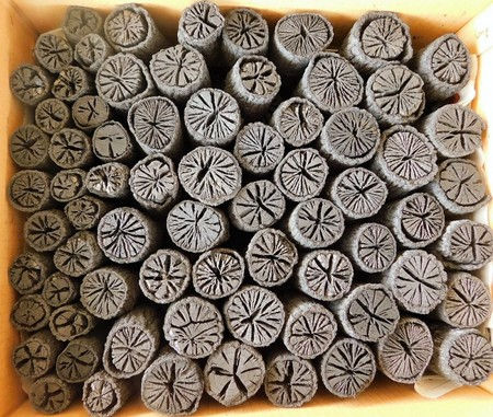 茶道 道具炭 大分椚炭(くぬぎ炭)丸切炭6.1cm(大中小)5kg 自社製