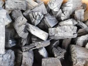 純国産 木炭 大分の椚(くぬぎ)荒炭(5-10cm)10kg箱入り 大分県産 自社製